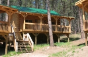 Cabin - Queen with Full Kitchen & 3 Twins $260